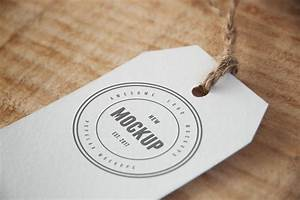 cloth tag free logo mockup With fabric tags with logo