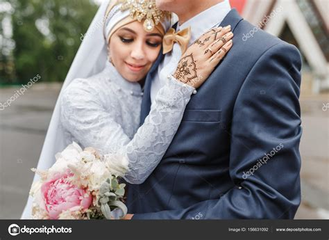 nikah arabe casal de noivos durante  cerimonia de