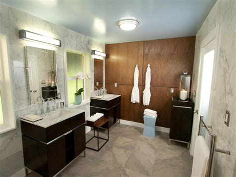 8 Bathroom Makeovers From Fave Hgtv Designers Hgtv
