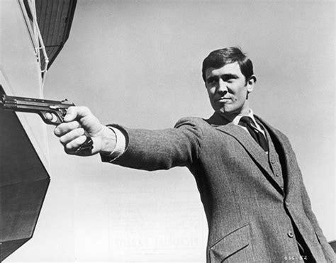 George Cornici Bond Daniel Craig To In Remake Of On