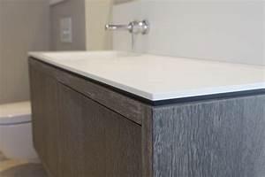 salle de bain en corianr a grimaud menuiserie rafflin With meuble salle de bain en corian