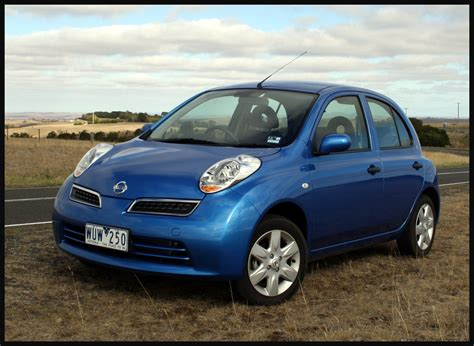 Nissan Car : 2009 Nissan Micra Review & Road Test
