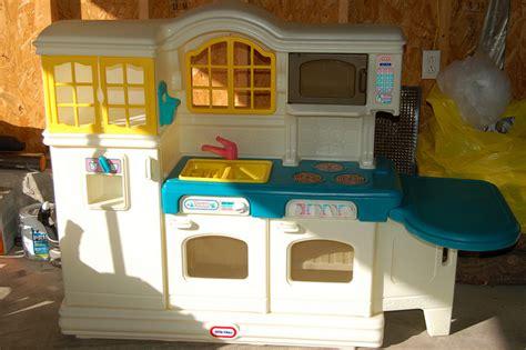 tikes country kitchen price beautiful photo ideas tikes country kitchen for 9045