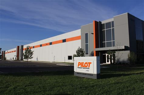 Services Chicago by Pilot Freight Services