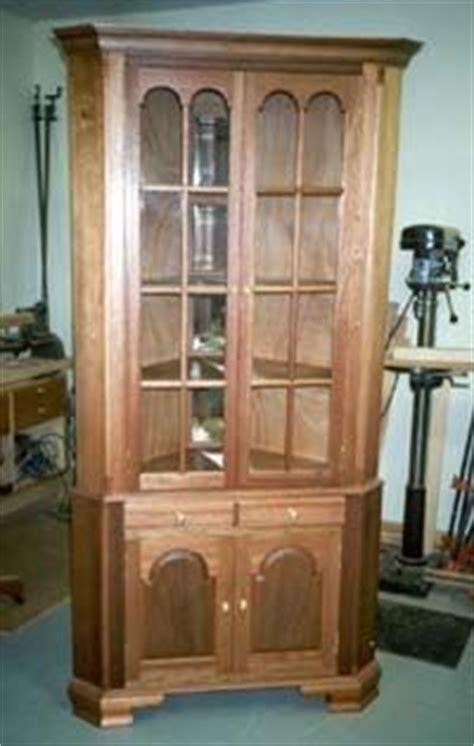 wooden  corner china cabinet plans  plans