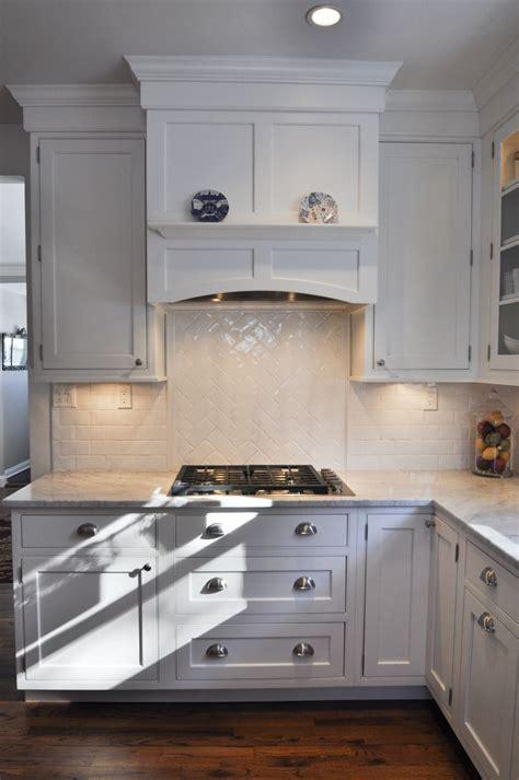 kitchen cabinet hoods best 20 cabinet ideas on knife storage 2546