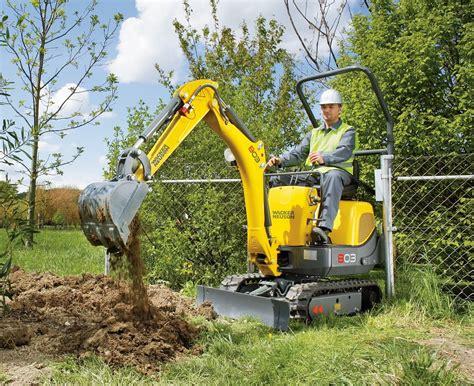 mini excavator mini digger  tonne wellers hire