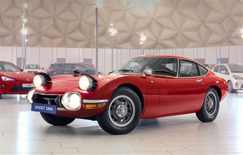 pictures of toyota sports cars 2000gt history of toyota sports cars toyota uk