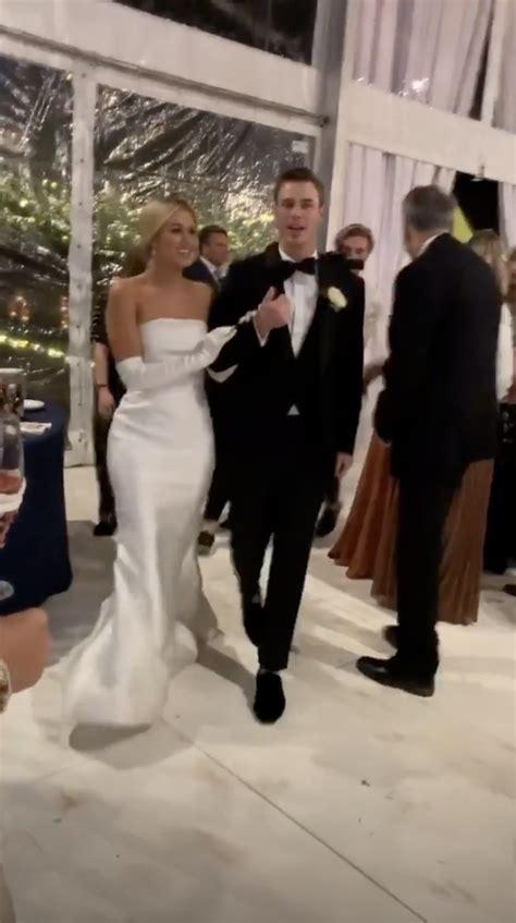 sadie robertson wore  dresses   wedding guests