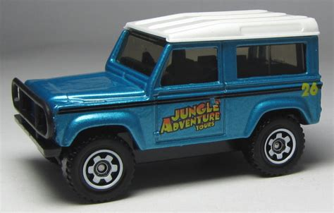 matchbox land rover matchbox variation alert jungle adventure 5 pack land