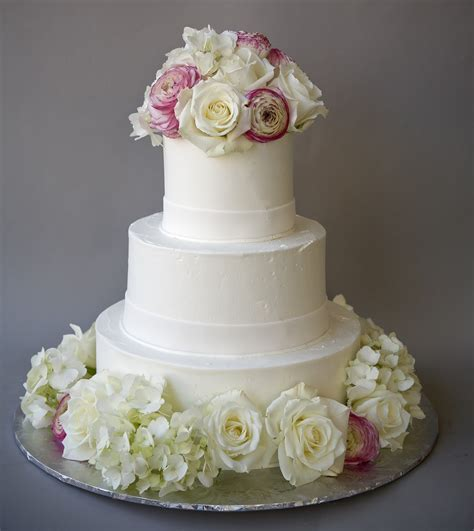 simple cake fresh flowers  wedding cakes