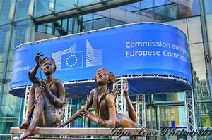 European Commission refuses to uphold rule of law