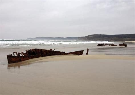 Barco De Vapor Historia Resumen by El Temporal Descubre En Fisterra Un Barco De Vapor Hundido