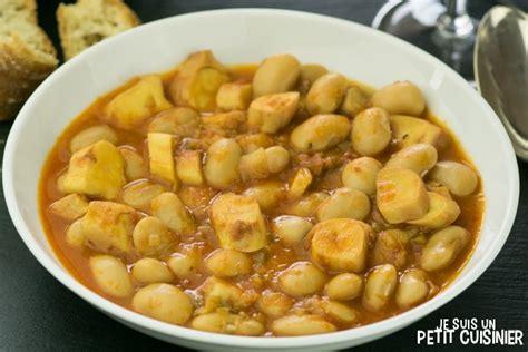 comment cuisiner un poulpe recette de mijoté de haricots blancs au poulpe cassoulet de poulpe