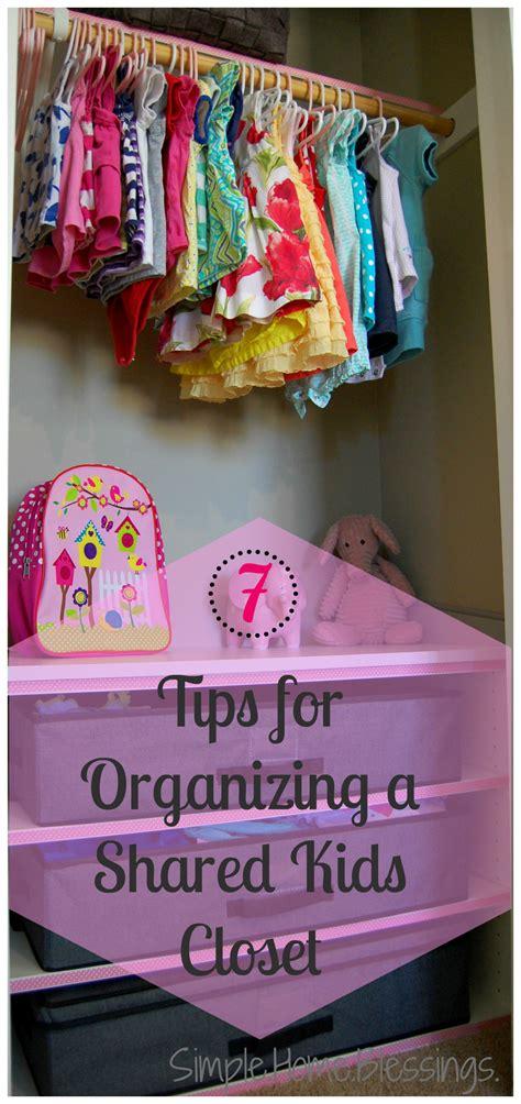 tips  organizing  shared closet  kids  anna