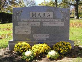 cemetery supplies cultural catholic new york giants owner wellington mara