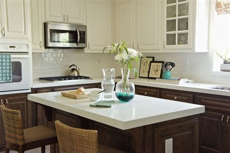 taupe kitchen cabinets take a few of the kitchen cabinets 2677