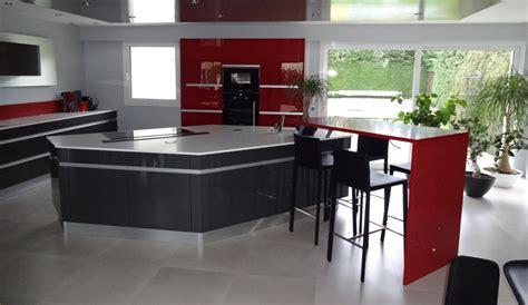 cuisine contemporaine avec ilot central modele de cuisine moderne avec ilot central