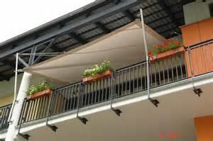 katzennetz fã r den balkon befestigung runder blumentopf balkon heimdesign innenarchitektur und möbelideen