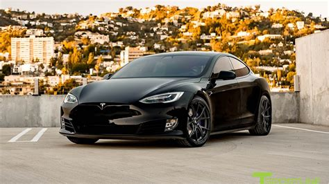 Tesla Model S P100d Black With Custom Purple Accents