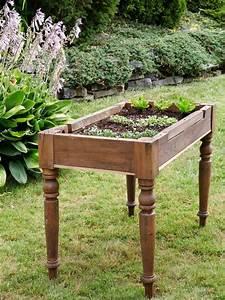 kleines tisch hochbeet bauen perfekt fur balkon und terrasse With katzennetz balkon mit diamond garden tisch