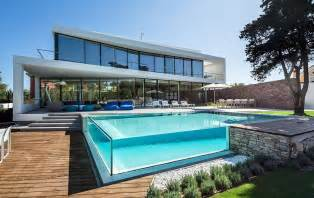 house plans with swimming pools glass walled swimming pools 10 amazing designs modern house designs