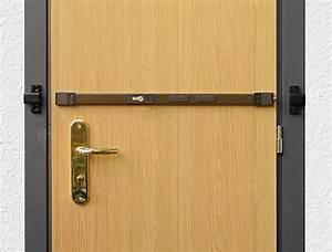 Barre De Porte D Entrée : barre de s curit anti effraction pour la porte d 39 entr e ~ Premium-room.com Idées de Décoration