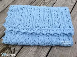Simply Gorgeous Crochet Baby Blanket [Free Pattern