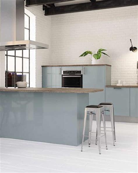 cuisine gris bleu choisir une cuisine couleur bleue habitatpresto