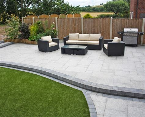 contemporary patio paving the 25 best modern driveway ideas on pinterest modern landscape design hennessy margarita