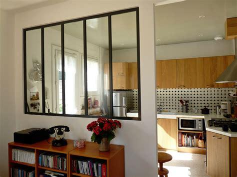 fenetre atelier cuisine fenetre coulissante cuisine maison design bahbe com
