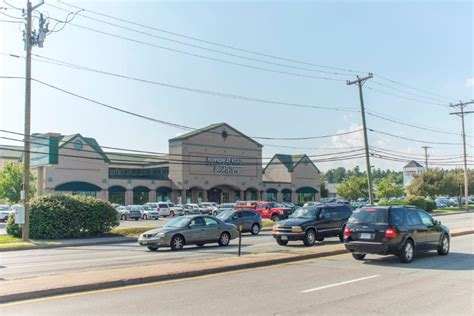 Barnes And Noble Waltham Ma by Barnes Noble Dw Hwy Linear Retail Properties