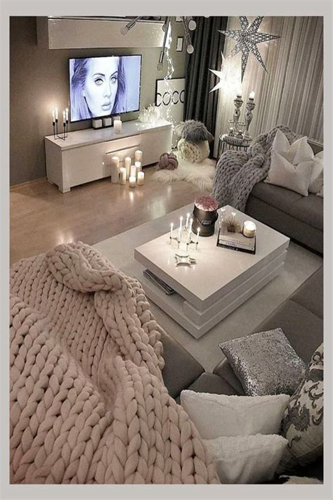 Available on desktop only, this program generates a 3d image of your room creations in under 5 minutes. Cozy Neutral Living Room Ideas - Earthy Gray Living Rooms To Copy - Clever DIY Ideas