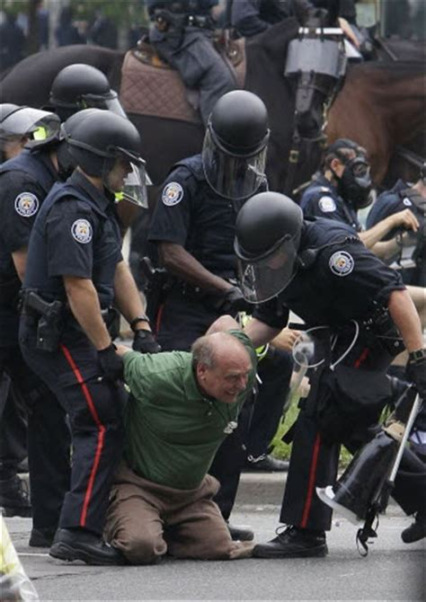 Police arrest more than 500 at Toronto summit - Toledo Blade