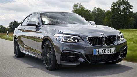 2019 bmw 2 series the 2019 bmw 2 series coupe retains rwd convertible model