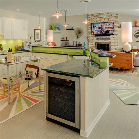kitchen crown molding ideas cabinet for mini fridge basement modern with clock