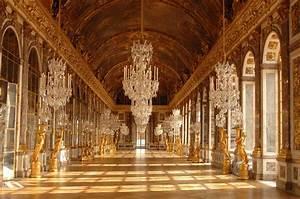 Palace of Versailles Tickets   Outside Paris   Parisianist ...