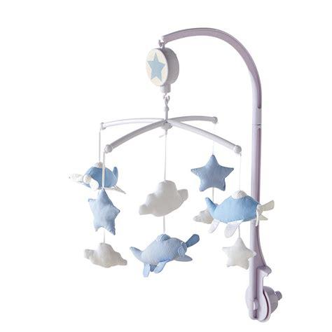 mobile chambre bébé mobile musical pour bébé bleu théophile maisons du monde