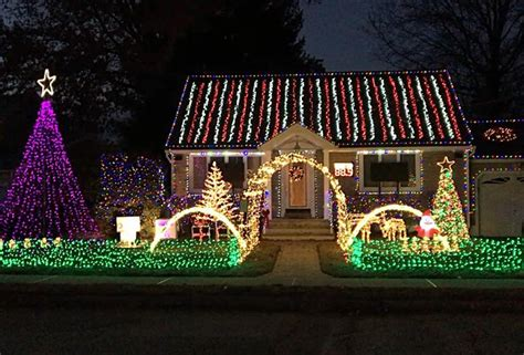 best christmas lights in nj best holiday light displays in new jersey mommy poppins
