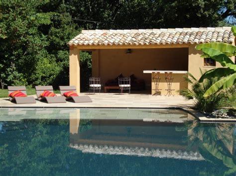 idee cuisine en l construction pool house bouches du rhône