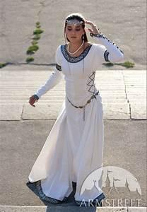 Kleidung Hochzeitsgast Frau : mittelalter kleidung f r frau dame kaufen vorhanden in dunkelblaue baumwolle gr ne ~ Frokenaadalensverden.com Haus und Dekorationen