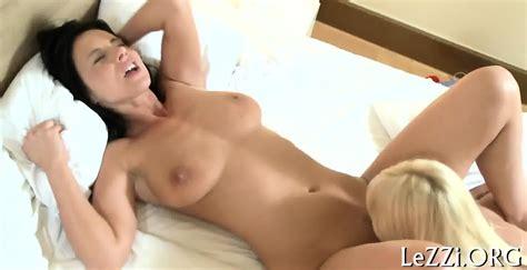 Steamy Hot Lesbian Sex Eporner