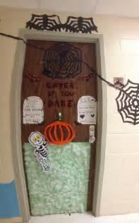 halloween decorations for dorm door halloween ideas