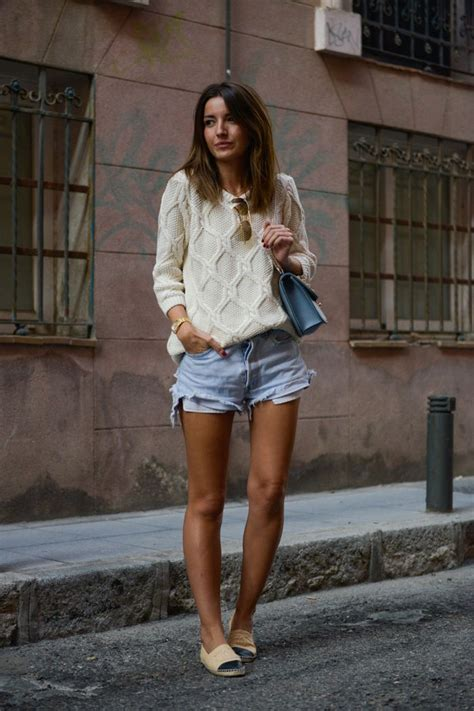 Sweater and shorts outfit for street style u2013 Designers Outfits Collection