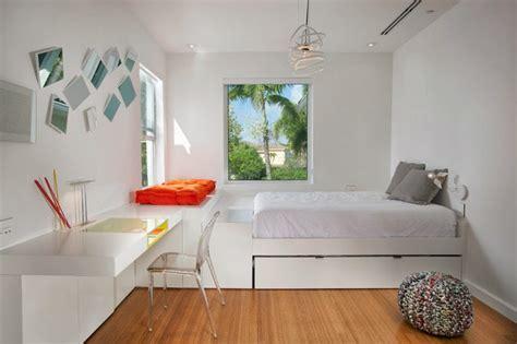 chambre estrade conforama kidodidoo jak fajnie urządzić mały pokój dla nastolatka
