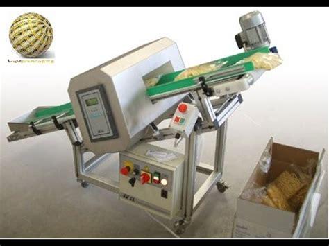alimenti confezionati metal detector usati per ispezionare alimenti sfusi e