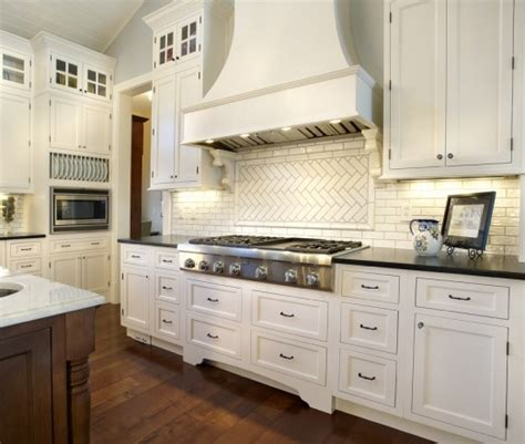 kitchen backsplash granite lookslikewhite 2214