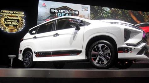 Mitsubishi Xpander Limited Picture by Ayo Nonton Ari Lasso Dan Nikmati Xpander Limited Di