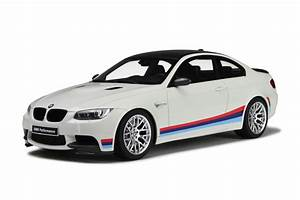 Bmw E92 M3 : bmw m3 e92 m stripes model car collection gt spirit ~ Carolinahurricanesstore.com Idées de Décoration