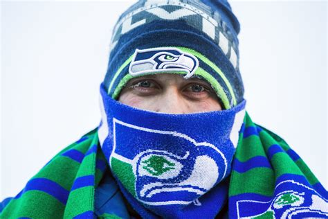 seahawks gear     temperatures  playoff game